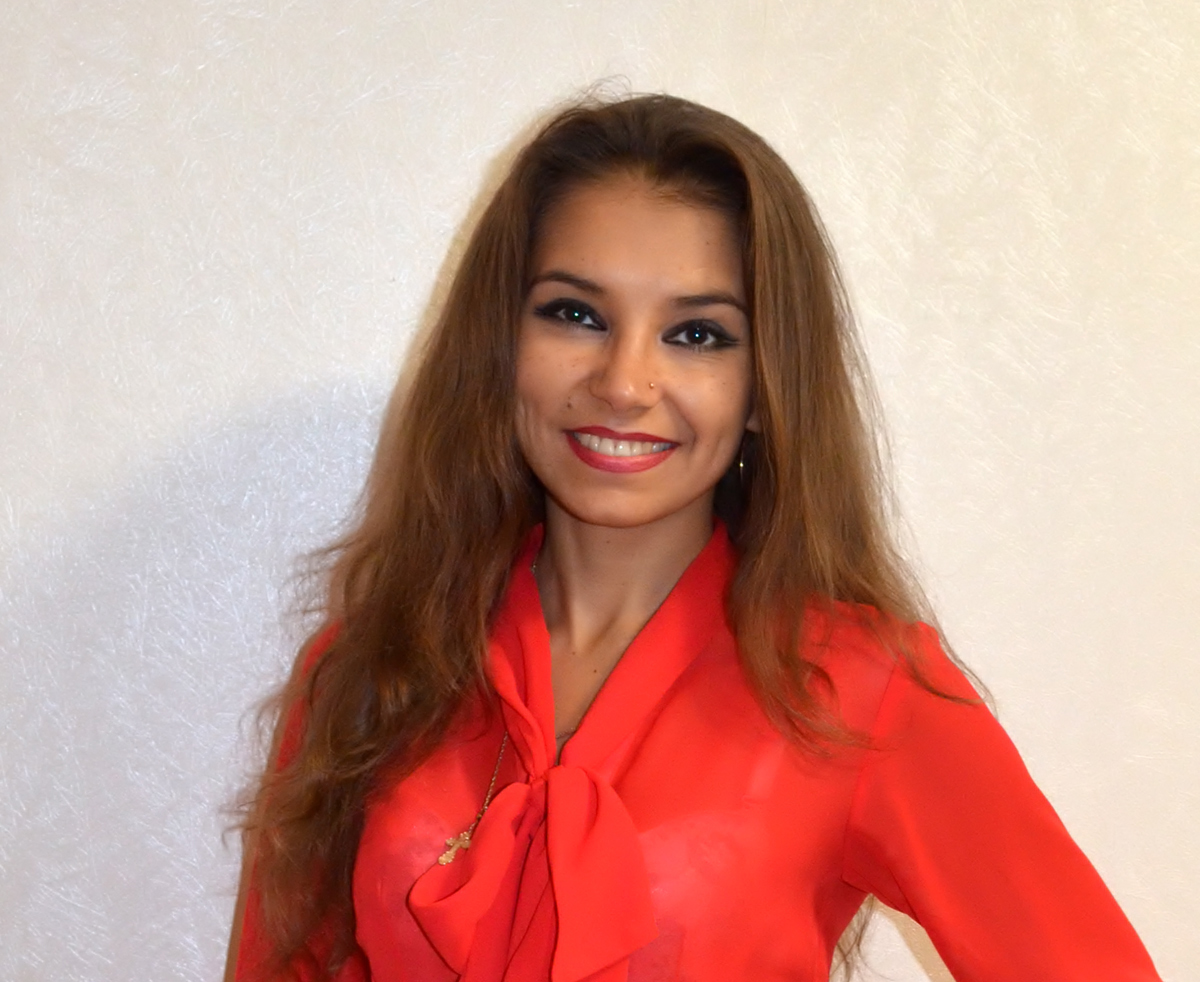Крымлова Юлия Михайловна – психолог, гештальт-консультант, экофасилитатор, гипнолог
