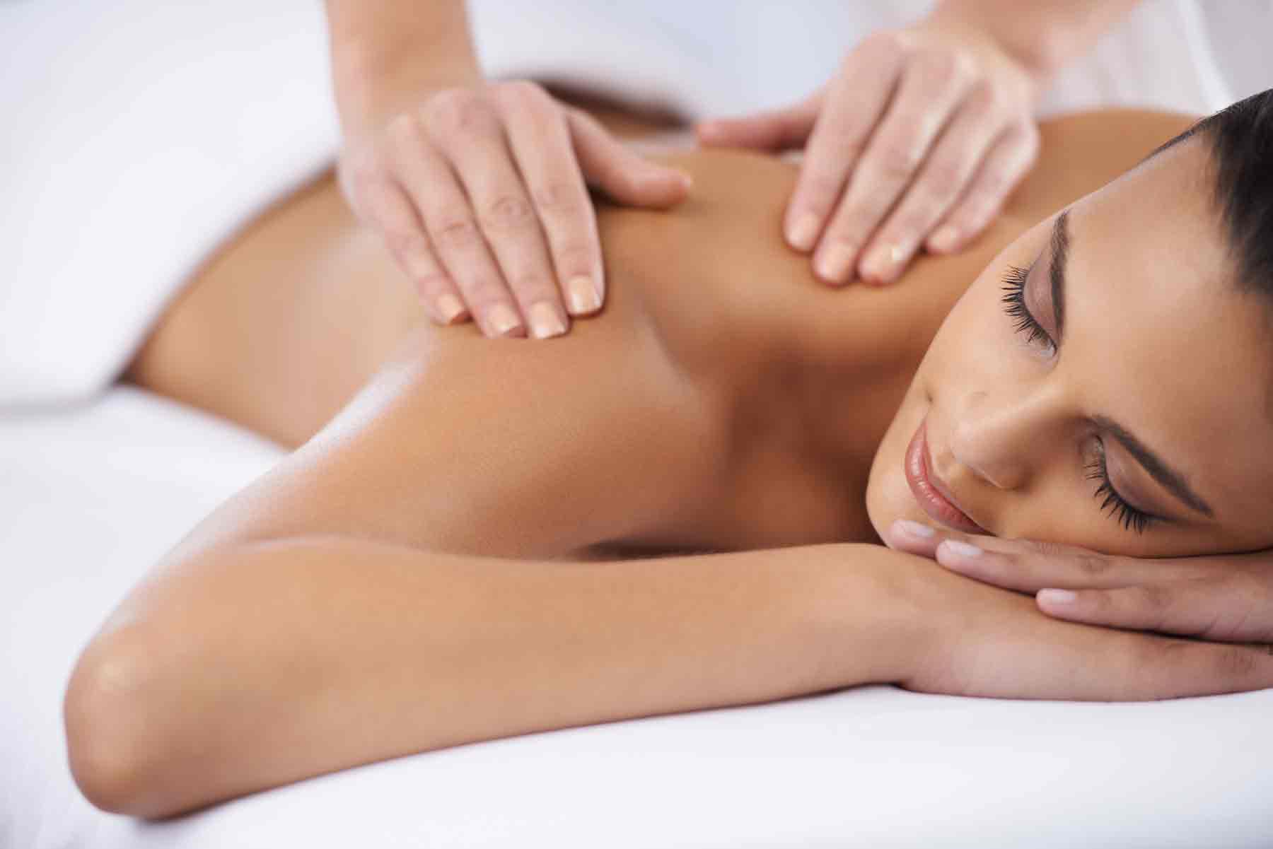 Массаж глубоких тканей (глубокотканный, мышечно-фасциальный, deep tissue massage) – самый эффективный вид массажа